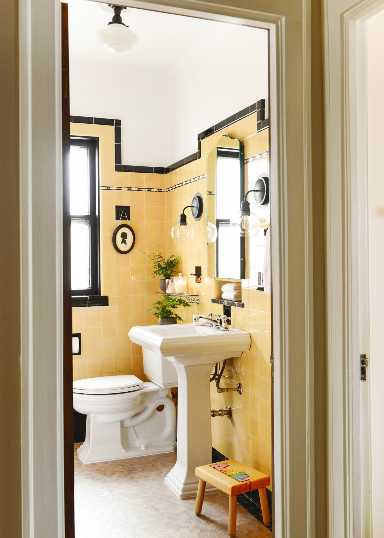 how to refresh a vintage bathroom