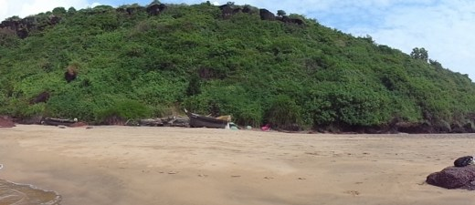 best goa beach for family cola beach