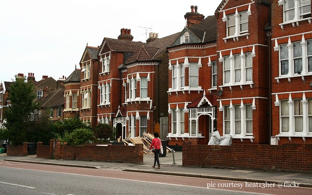Moving to London| Hunting for House and School in London