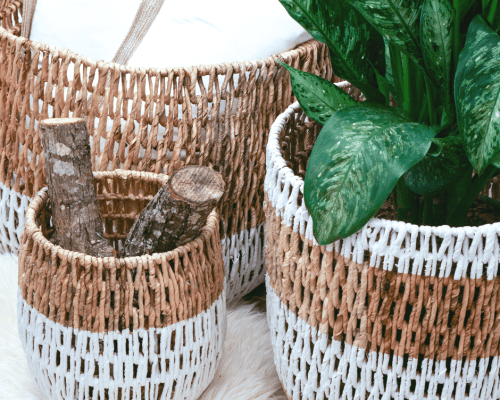DIY Painted Wicker Baskets. Dipped wicker baskets are one of the hottest home trends right now. You don't have to buy new baskets, paint your old ones! || Yellow Rose Life ||