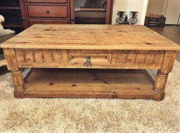 Rustic Coffee Table- Craigslist finds at Yellow Rose Life