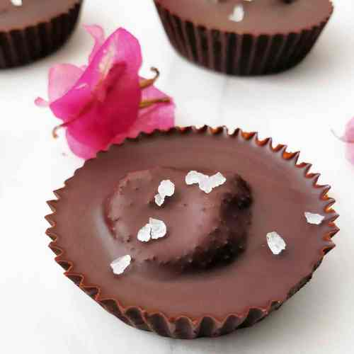 Homemade Dark Chocolate Peanut Butter Cups