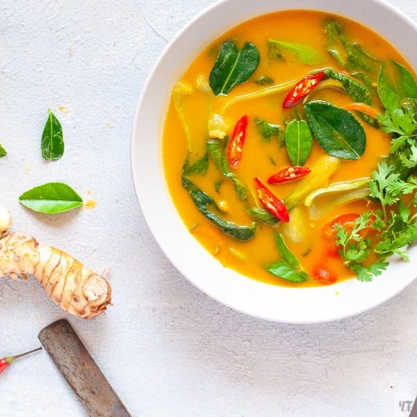 Healthy Thai Pumpkin Soup made with Thai Red Curry Paste and Coconut Milk.A perfect whole 30 approved,Paleo,Gluten Free Dinner