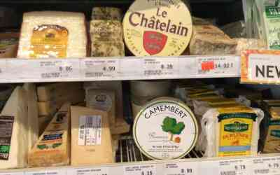 Two Camembert & -Brie on Sale