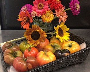 Exquisite Heirloom Tomatoes & Flowers from Moonflower Farms