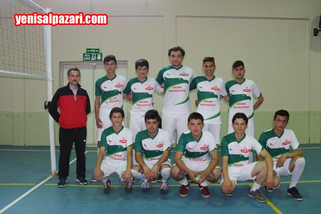 Şalpazarı Anadolu Lisesi Erkek Voleybol Takımı şampiyon oldu