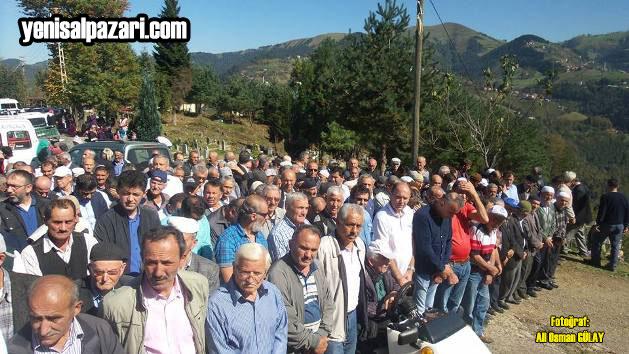 Genç yaşta hayata veda eden Ali Bayraktar'ın cenazesine çok sayıda vatandaş katıldı