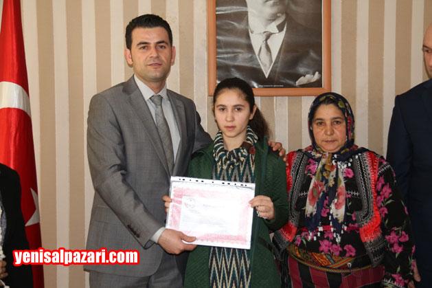 Doğancı Ortaokulu Öğrencisi Menekşe Kandemir 102 net yaparak okulunun birincisi oldu