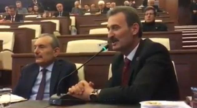 Refik Kurukız, Meclis'te, bir süre önce MHP'den ihraç edilen yol arkadaşı Ali Sağır ile birlikte görülüyor