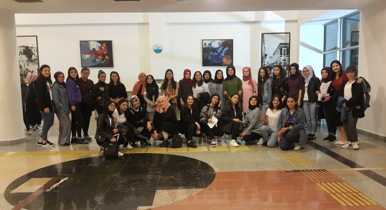 Şalpazarı AYMTAL Öğrencileri Trabzon'da tiyatro oyunu izledi
