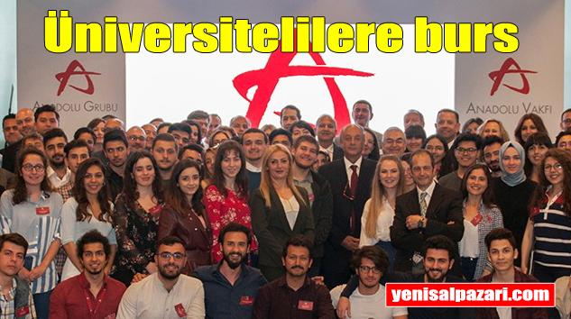 Anadolu Vakfı üniversite öğrencilerine burs veriyor