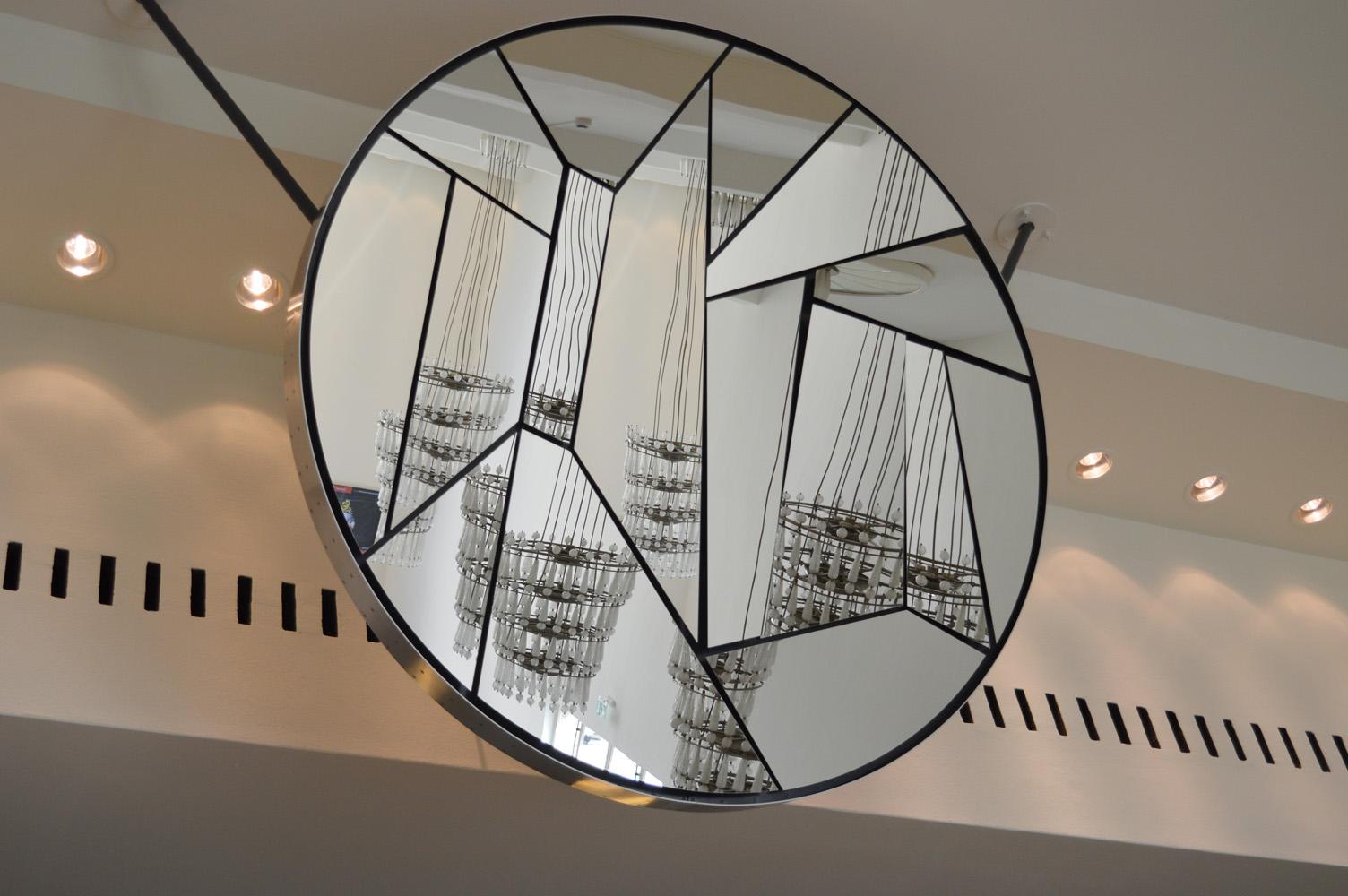 Mirror01-resize