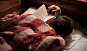 porque si estudias tumbado, al final te duermes. Jajaja... no!!