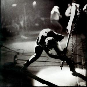 The Clash no se hicieron famosos por pedir consejo...