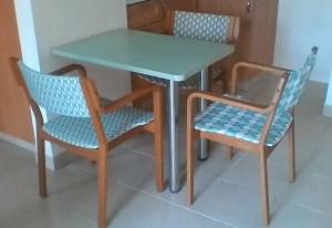 יש מיש - המעבר לדיור מוגן - הכסאות לאחר חידוש