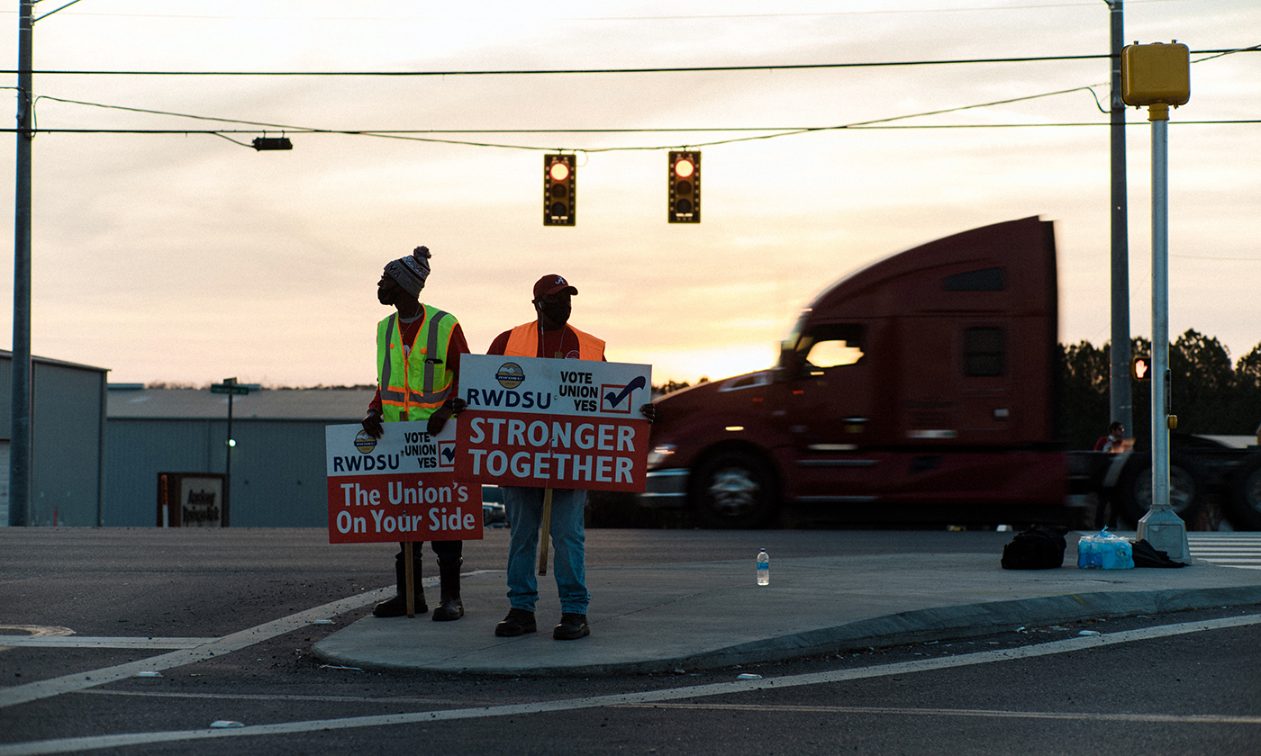 www.yesmagazine.org: A Union Fight at Amazon's Alabama Warehouse Builds on Civil Rights Work