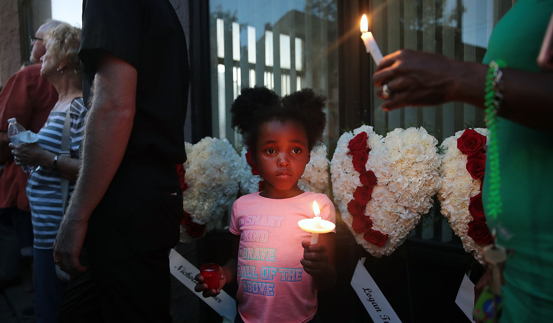 Dayton-Ohio-shooting-vigil.jpg