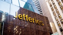 Jefferies' Equity Strategist Expects Accommodating US Crypto Regulation Unlike China's Authoritarian Model