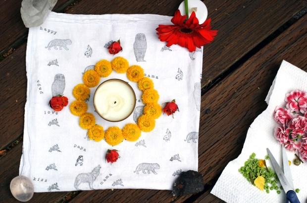 Creer son mandala solaire de fleurs