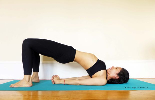 posture yoga pour hiver setu bandha sarvangasana demi pont