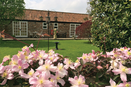 Yew-Tree-House-B&B-garden-rooms