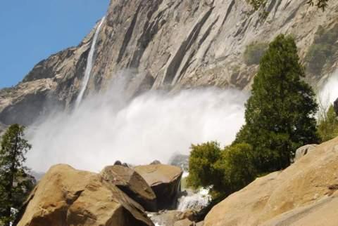 Yosemite-Hetch-Hetchy-Waterfalls-YExplore-DeGrazio-May2009