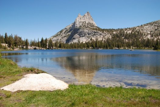 Yosemite-Cathedral-Lake-Peak-YExplore-DeGrazio-Jul2014