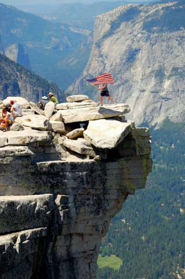Yosemite-HalfDome-US-Flag-YExplore-DeGrazio-May2009
