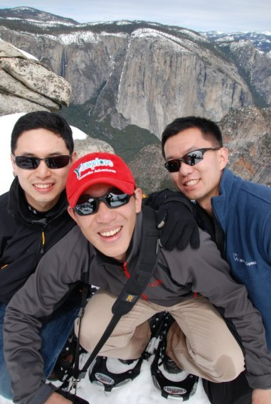 Yosemite-DeweyPoint-Snowshoe-YExplore-DeGrazio-MAR2012