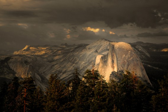 Yosemite-HalfDome-YExplore-Sousa