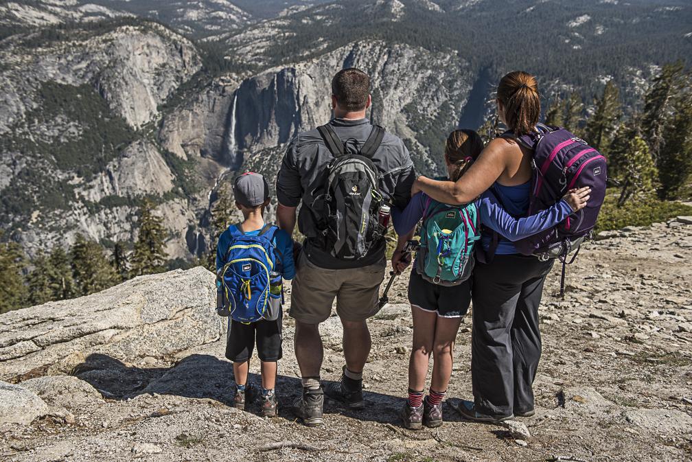 Yosemite Adventures Above Yosemite Falls