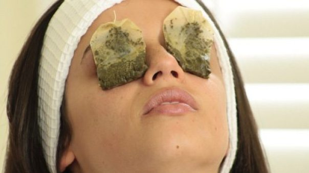 Image result for use of green tea for eye bags