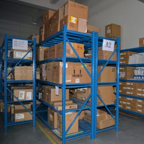 custom-china-medium-duty-racking-01
