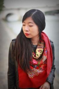 foulard rouge comtesse sofia