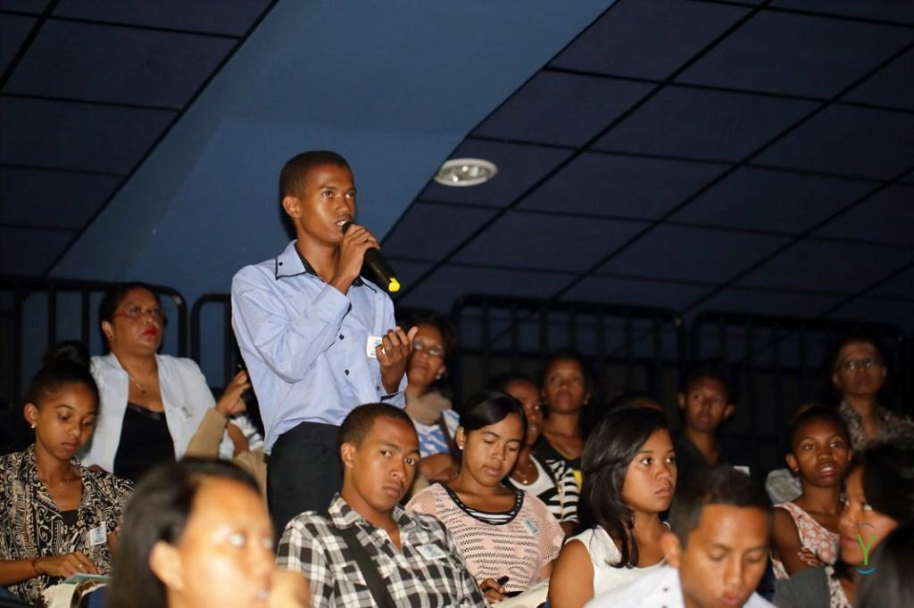 0033_Autisme-Madagascar_16-04-02-1024x682 Journée de la sensibilisation à l'autisme - American Center Tanjombato