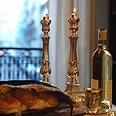 קידוש שבת חלת שבת פמוט פמוטים נרות שבת (צילום: ישראל ברדוגו)