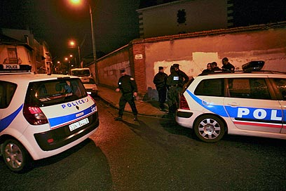 Police raid shooter's house in Toulouse