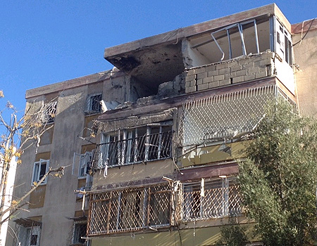 Building in Kiryat Malachi after direct hit