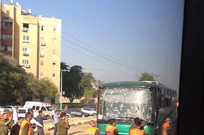 Bus hit by rocket fire in Beer Sheva