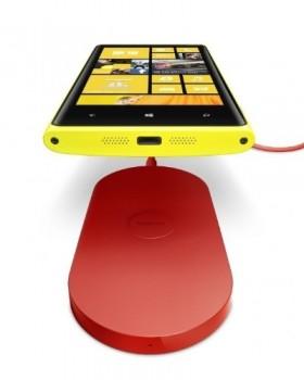 Lumia 920 com carregador sem fio