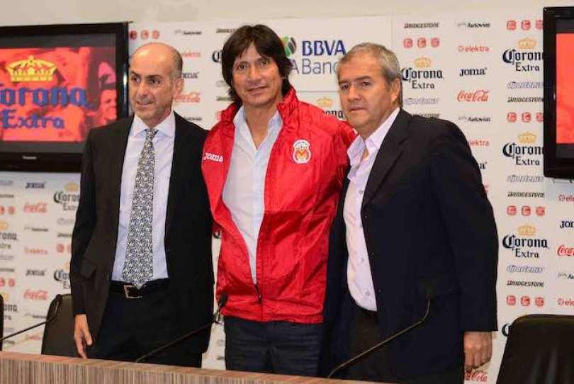 """El ex jugador y ahora timonel del conjunto purépecha dejó una racha negativa de ocho partidos sin ganar con la """"U""""."""