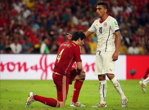 España sigue la senda de campeones eliminados como Francia, Italia o Brasil. EFE