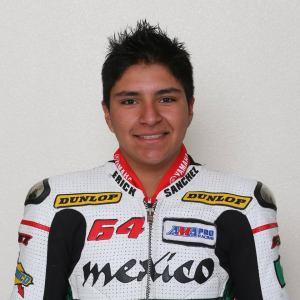 Yahir Sánchez falleció tras sufrir una fuerte caída en el Autódromo Moisés Solana de Pachuca, Hidalgo. Foto de Facebook