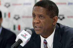 Bill Cartwright es el nuevo entrenador de México.