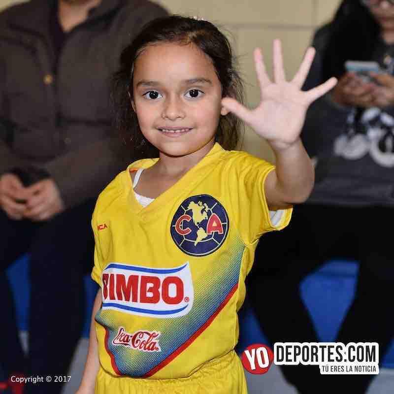 Scarlet Martinez-Liga Diablitos-debuta futbol
