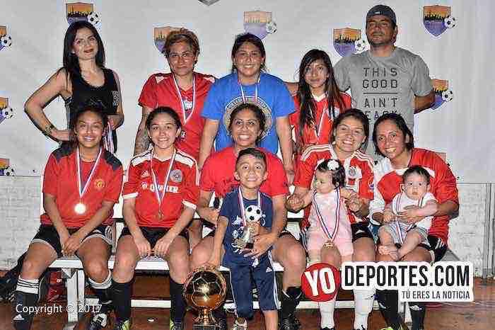 Campeonas Lady Sharks-Barcelona-Chitown Futbol