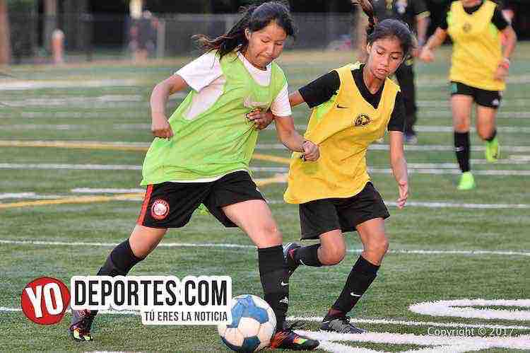 Club America-Visorias en Chicago-femenil