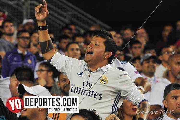 Publico-Real Madrid-MLS Allstar-Soldier Field-JQT_7161