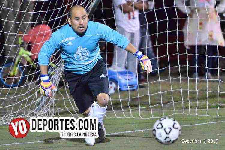 Portero Julio Bello-Atlas-La Revolucion-Midway Soccer League