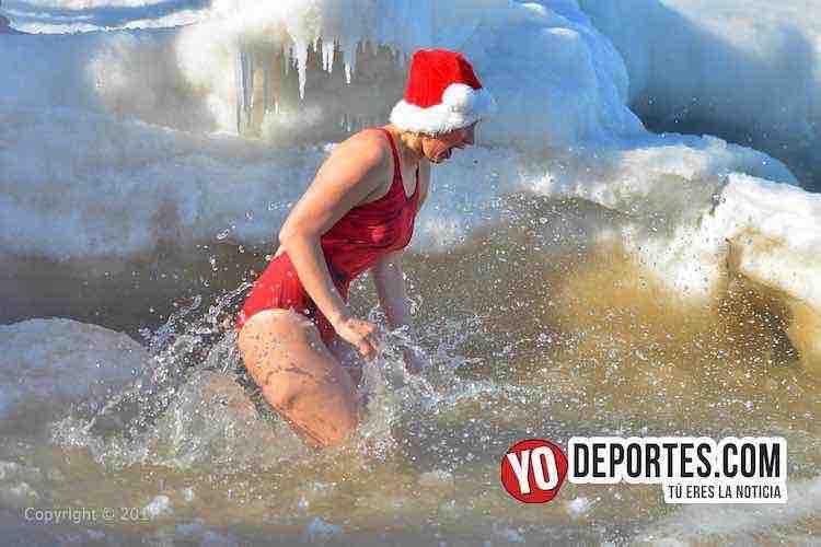 Chicago Polar Plunge-Lago Michigan-North Beach-winter